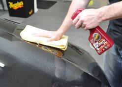 Догляд за лакофарбовим покриттям авто