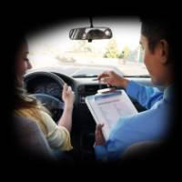 Керування автомобілем з інструктором